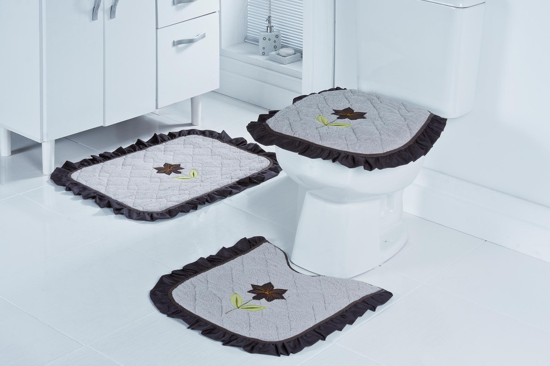 Tapete Para Banheiro 2 Aprenda Definitivamente A Escolher Seu Tapete  #737D4E 1843 1229